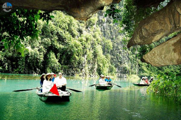 Tour Hoa Lư Tam Cốc 1 Ngày Giá Rẻ Từ Hà Nội