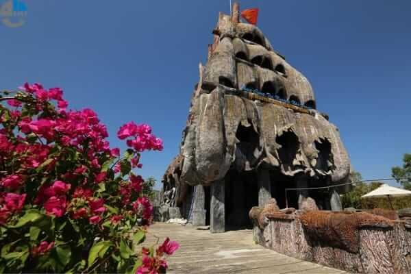thuy-cung-tri-nguyen