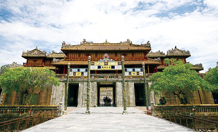 Ngọ Môn – biểu tượng kiến trúc trường tồn của cung đình Huế