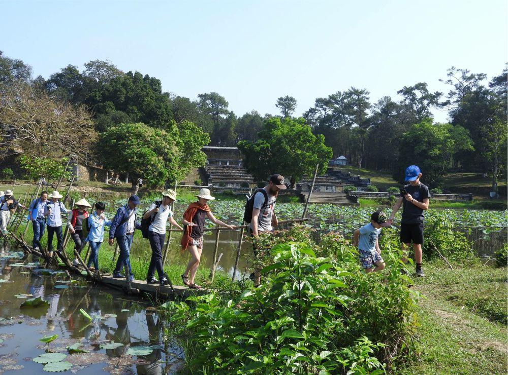 Huế sẽ khai thác tour du lịch nghiên cứu sinh thái ở lăng vua Gia Long